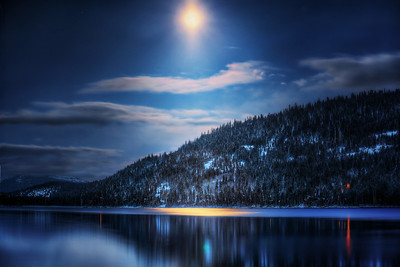 Moonshines Over Donner Lake   ©Karen Hutton - Creative Commons (CC BY-NC 3.0)
