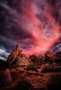 One Hot Idea Valley of Fire, Nevada  It suddenly struck her.  An idea so hot it made her brain sweat, her eyes glaze a little, her heart pound.