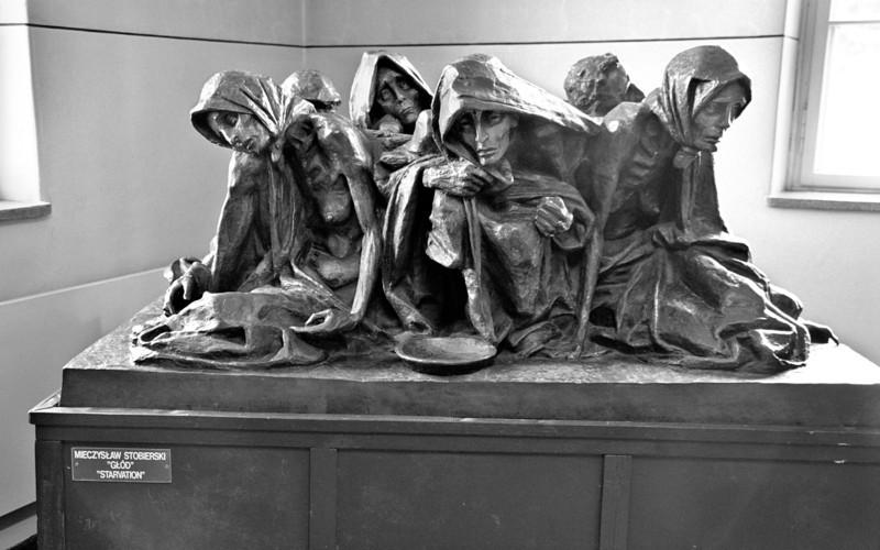 "Auschwitz--""Starvation,"" a sculpture by Meczyslaw Stobierski"