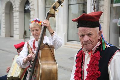 Street performers, Krakow, Poland