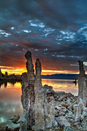 Another world - a sunrise on mono lake