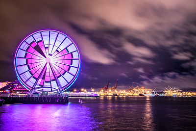 Seattle Wheel Celebrating Valentines Day