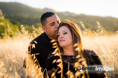 Romantic Engagement session at sunset in San Jose Almaden mountains