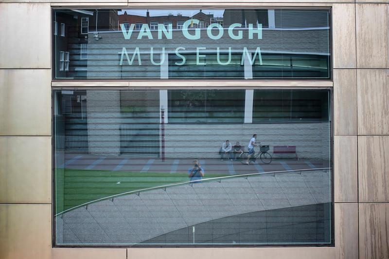 Van Gogh Museum, Amsterdam, Nederland (2011) © Copyrights Michel Botman Photography
