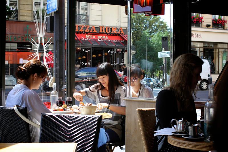 Rive Gauche, Paris, France (2011) © Copyrights Michel Botman Photography
