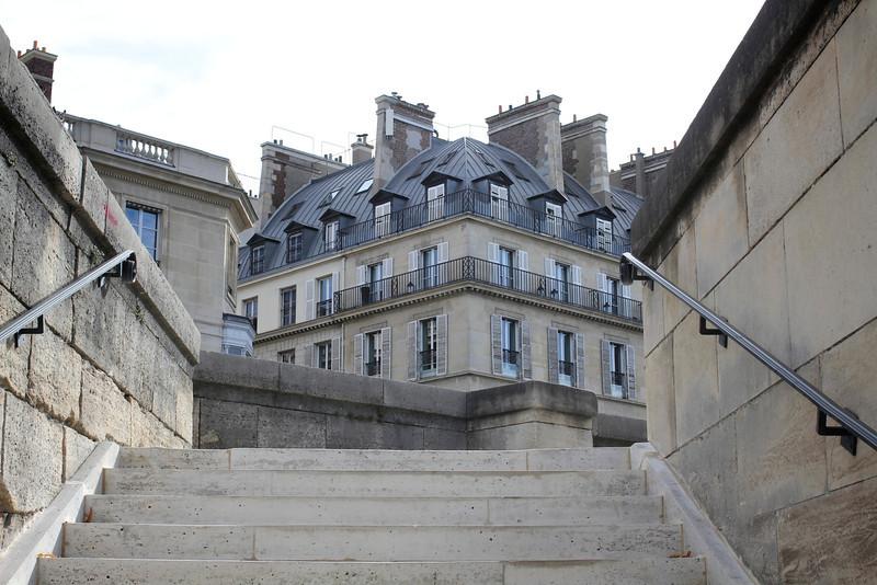 Jeu de Paume, Paris, France (2011) © Copyrights Michel Botman Photography