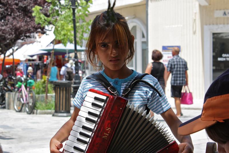 Kos, Gipsy musician (June 2009) © Copyrights Michel Botman Photography