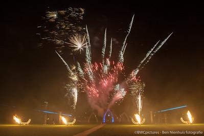 Lampionnentocht en vuurwerkshow Zuiderpark 2015 (16)