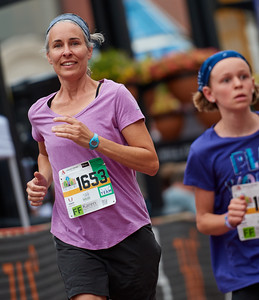 Pearl Street Mile - Friends and Family