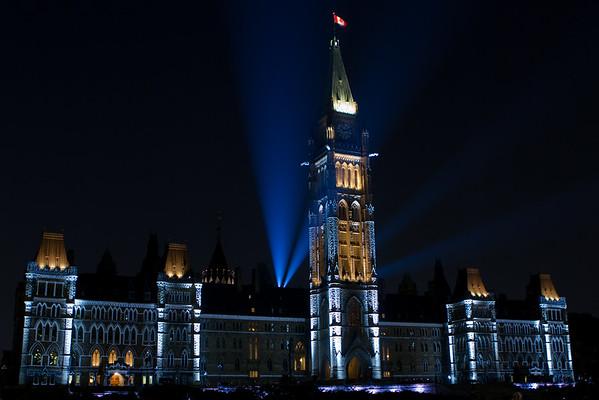 SEGO2012-0053-010 14 July 2012  Mosaika light show on parliament hill in Ottawa, Ontario.   © Serge Gouin 2012 www.segophoto.ca www.facebook.com/segophoto