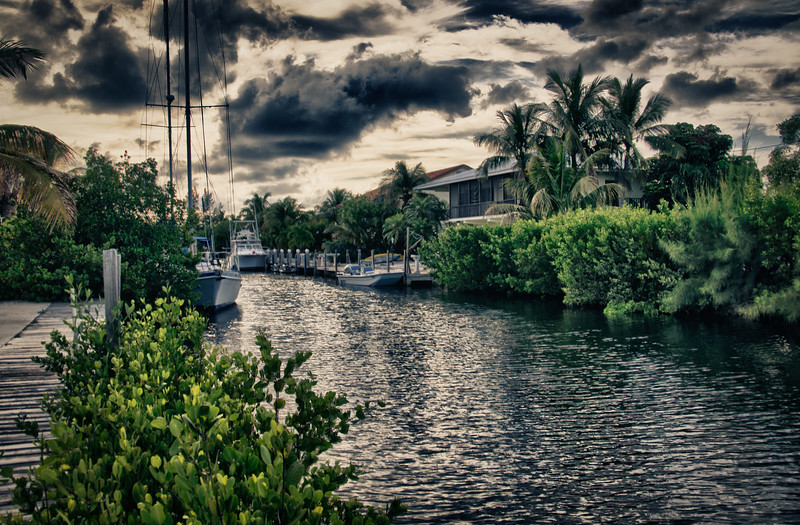Lagoon in HDR, Marathon, FL Keys