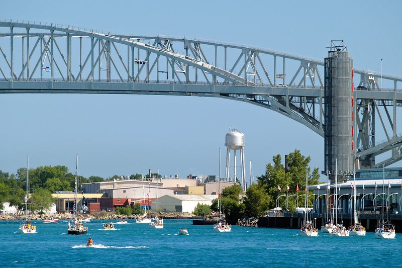 <font size=3>The Blue Water Bridge to Canada provides a gateway to the Great Lakes.</font>