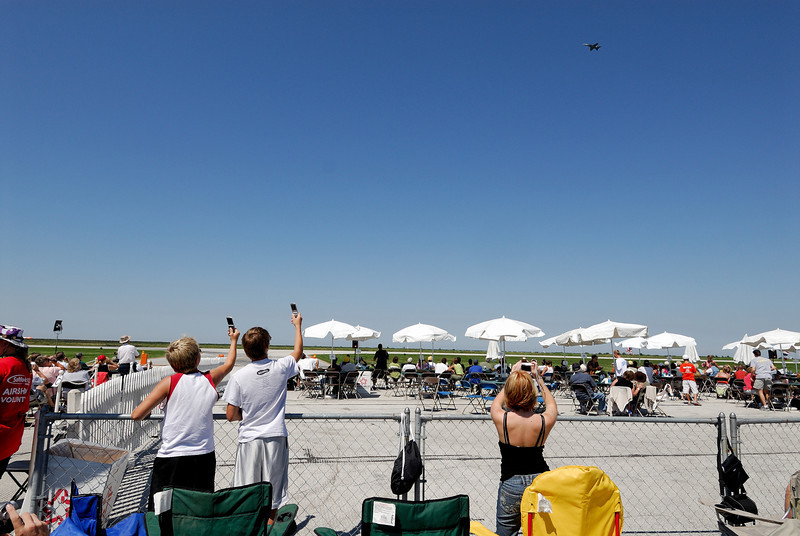 Cell Phone Photographers - Cleveland Airshow