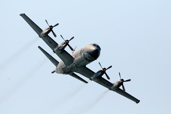 CP-140 - Cleveland Air Show 2011