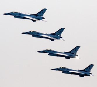 Thunderbirds - Cleveland Air Show 2011