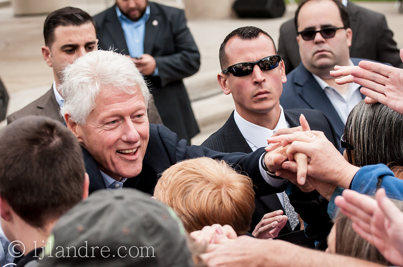 bill-clinton-crowd