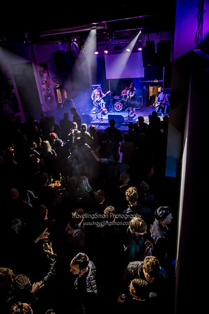 Definitely not the Chilli Peppers Ronnies Macclesfield 27th Dec 2014 travellingsimon com_0013-132