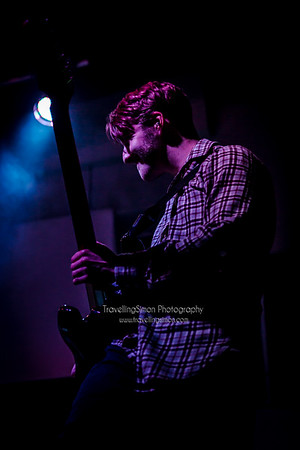 Definitely not the Chilli Peppers Ronnies Macclesfield 27th Dec 2014 travellingsimon com_0013-112