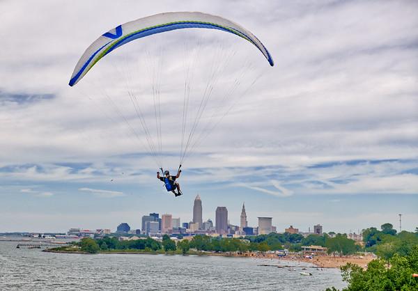 Hang Glider at Edgewater Park