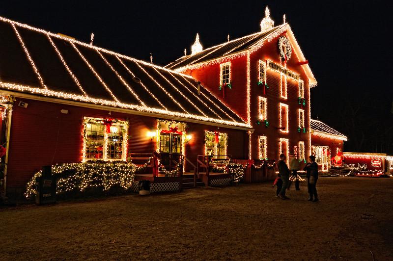 Clifton Mill Holliday Lights