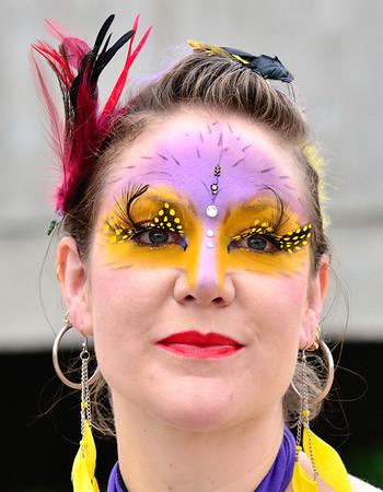 Colorful Lady - Parade The Circle