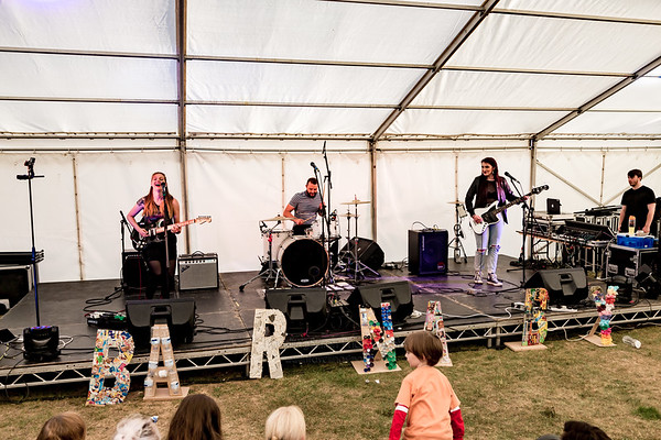 Barnaby Festival 2018 - Saturday Pictures - must credit www travellingsimon com-392