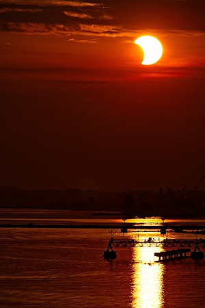 Solar Eclipse from Edgewater Park 2021