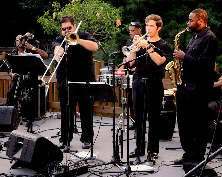 Roberto Ocasio's Latin Jazz Project - Twilight at the Zoo