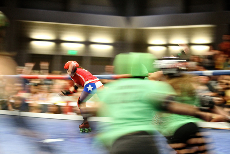 Texas Roller Derby, Jammer Breaks Through - Austin, Texas