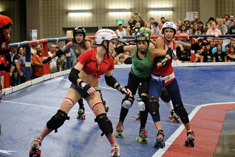Texas Roller Derby, Blocking - Austin, Texas