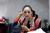 文山民族歌舞团舞蹈演员吴媛媛在化妆