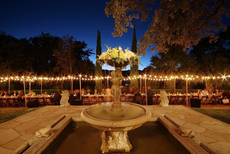 Wedding Table and Fountain - Austin, Texas
