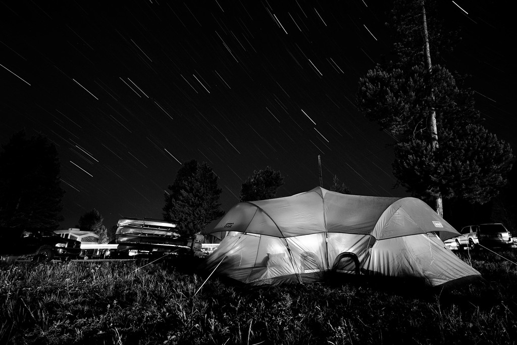 It hailed on our arrival<br /> <br /> This shot is not about the hail dump but the star trails on our first Yellowstone campground night, but it really hailed at dusk, right when we were setting up the tent on our arrival ...<br /> <br /> 1187 seconds exposure @ f8, ISO 400, 16mm