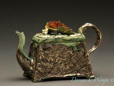 Susan Thayer Teapot_001