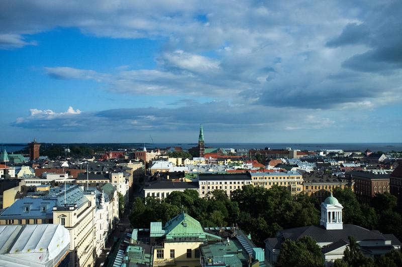 HELSINKI. HELSINGFORS. VIEW OVER THE CENTER OF THE CITY IN SUMMERTIME.