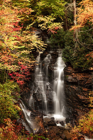 Soco Falls Dresssed for Autumn 2013