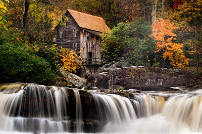 RIver Rush at the Old Mill