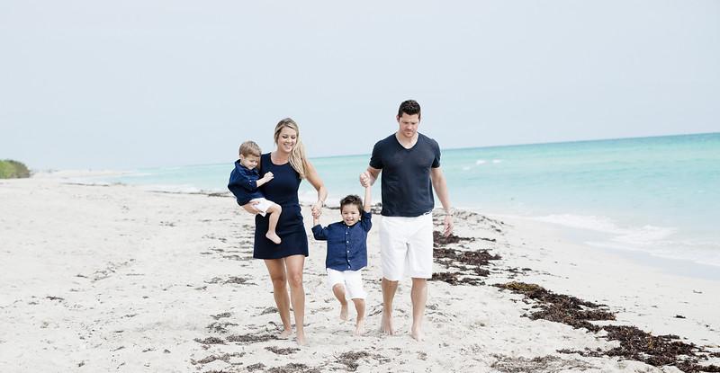 beachfamilyshoot_-167