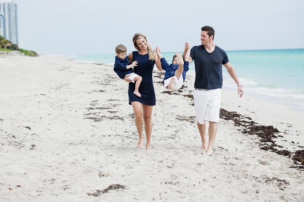 beachfamilyshoot_-170