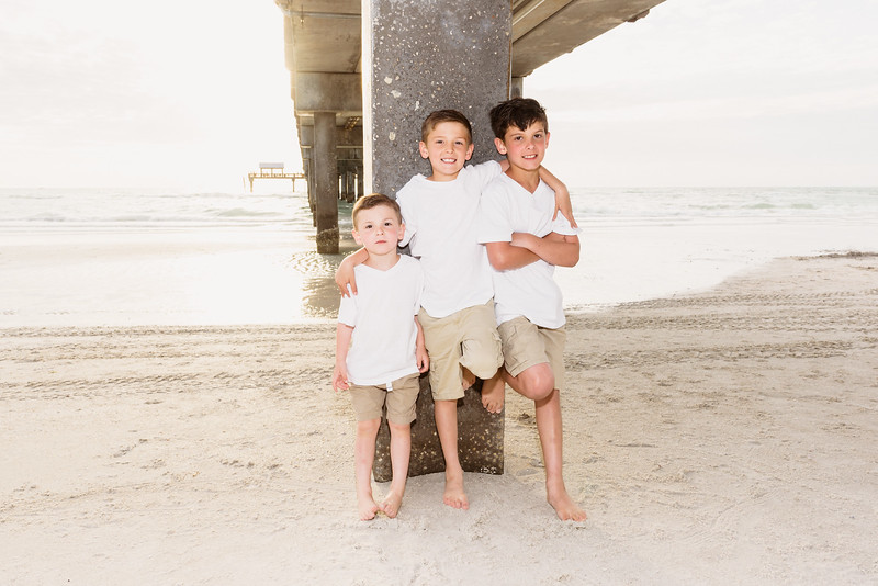 Siblings..Family Portraits at Clearwater Beach