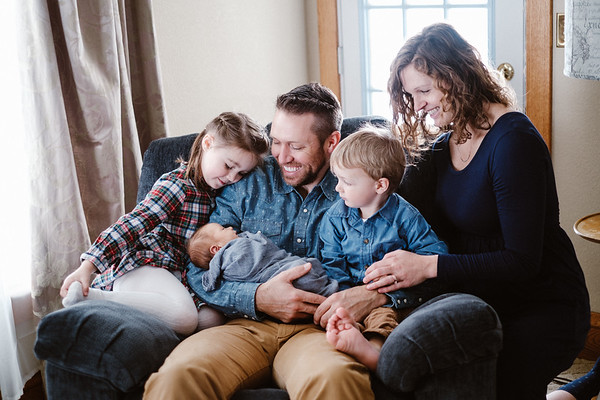 The Williams Family & Newborn