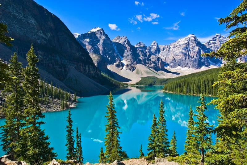 Lake Moraine in Banff National Park in Alberta, Canada.