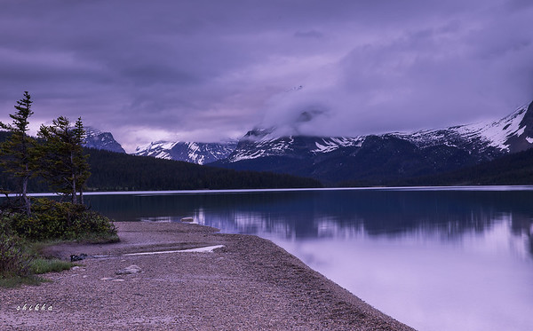 Bow lake in the morning twilight