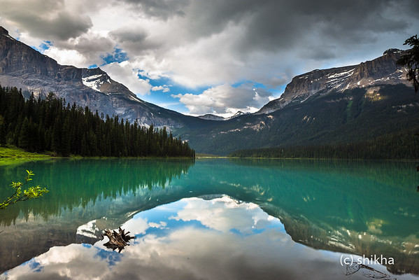 Calm before the storm at Emerald Lake