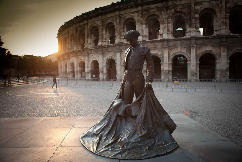 A matador statue honoring the Spanish influence on Nimes