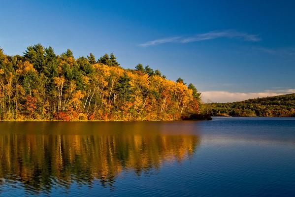 Autumn colors near Mt. Wachusett.