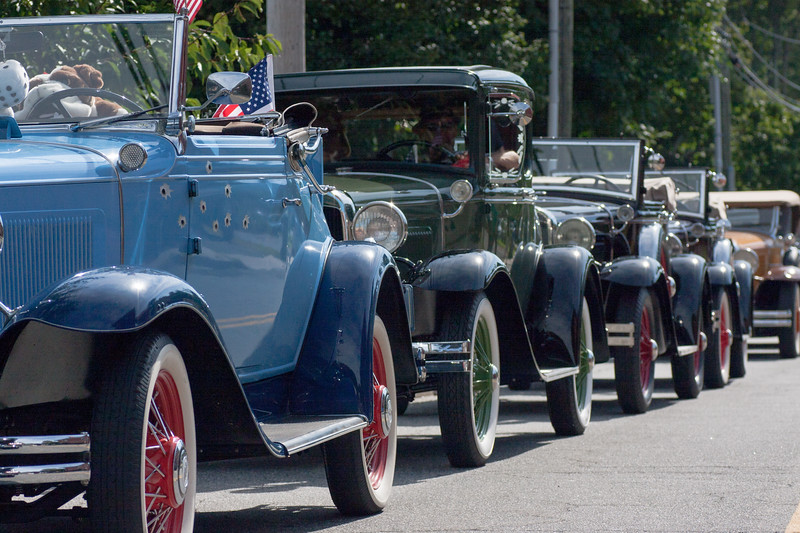 Antique Cars, on the occasion of the 100th anniversary of the opening of the original car bridge connecting Old Saybrook and Old Lyme.<br /> Sheffield Street, waiting to proceed to Main Street, then across the river to Old Lyme, returning back to Old Saybrook for an antique car show.