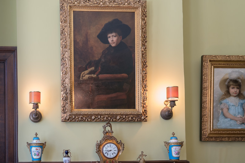 Portrait of Eva Fenyes in the dining room at Fenyes Mansion.  The girl is her daughter, Leonora.