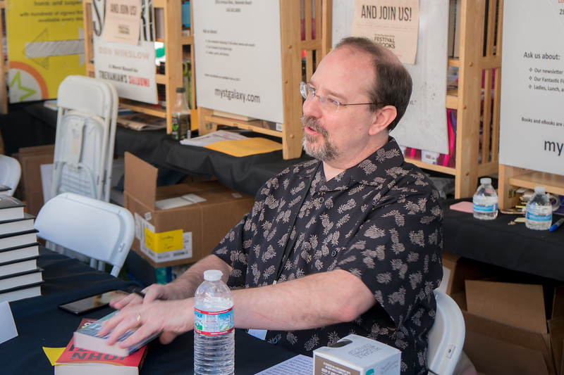 John Scalzi signing for fans