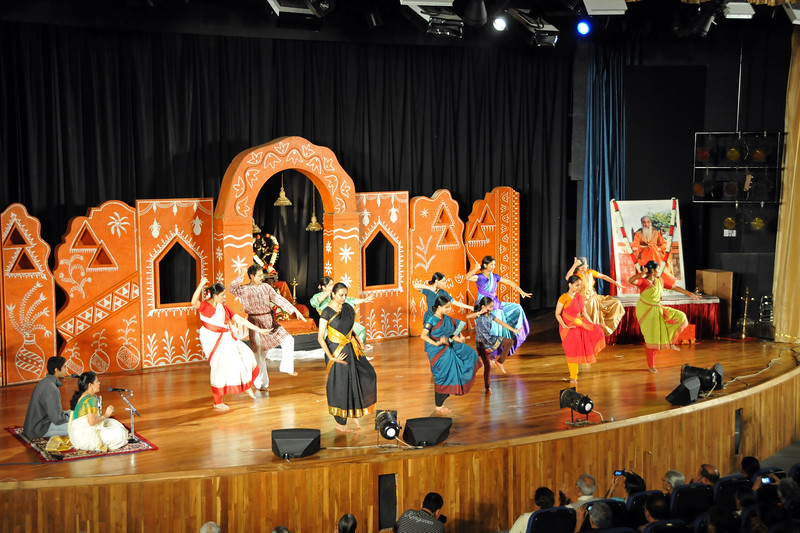"""Special Showcase Performance by students of the Performing Arts Intensives - Bharata Natyam, Bhajans, Hindustani & Western Classical Music<br /> <br /> 1st Annual Nrtya-Sura-Bharati Festival organized by Chinmaya Naada Bindu (Chinmaya Mission) was held from 24th December to 01st January, 2011 at Chinmaya Vibhooti, Kolwan, Maharashtra.<br /> <br /> An 8-day Residential Performing Arts-Experience. Classical concerts by India's master virtuosos and youth performers & 6-Day Performing Arts. Intensives in Dance (Bharata Natyam), Music (Hindustani, Devotional & Western Classical) were held. For more details see:   <a href=""""http://www.chinmayaswaranjali.org/chinmaya_naada_bindu.htm"""">http://www.chinmayaswaranjali.org/chinmaya_naada_bindu.htm</a>"""
